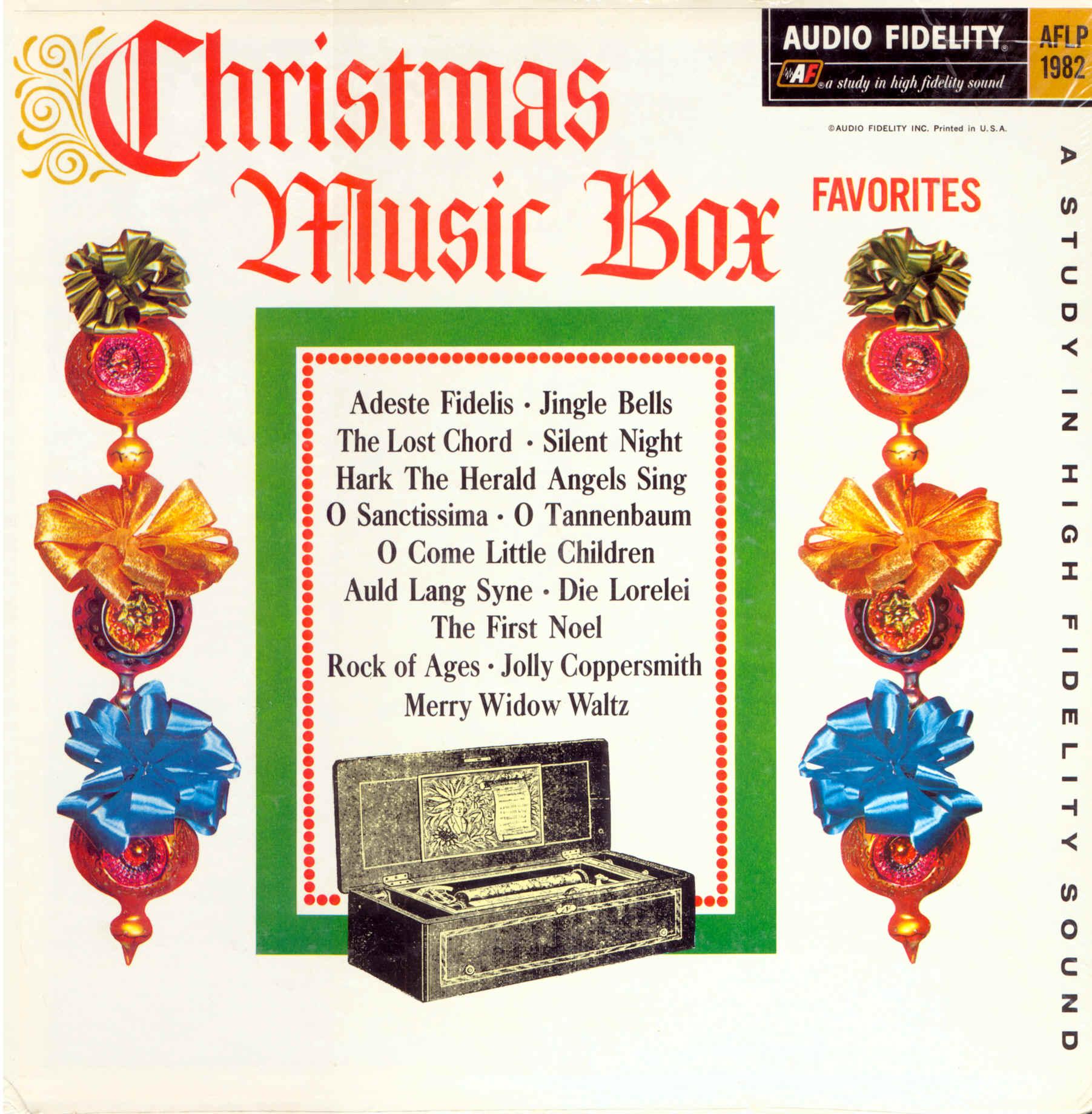 PCD2033 CHRISTMAS MUSIC BOX FAVORITES